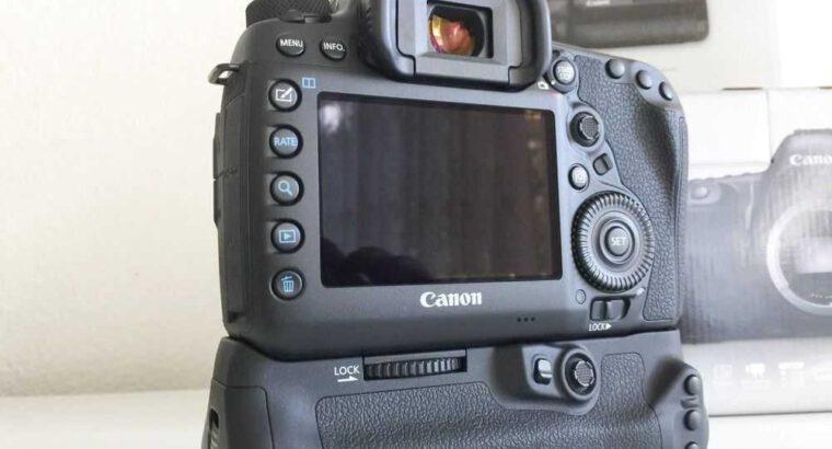 Camera Canon EOS 5D mark IV