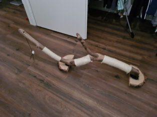 Unieke handgemaakte houte krabpaal